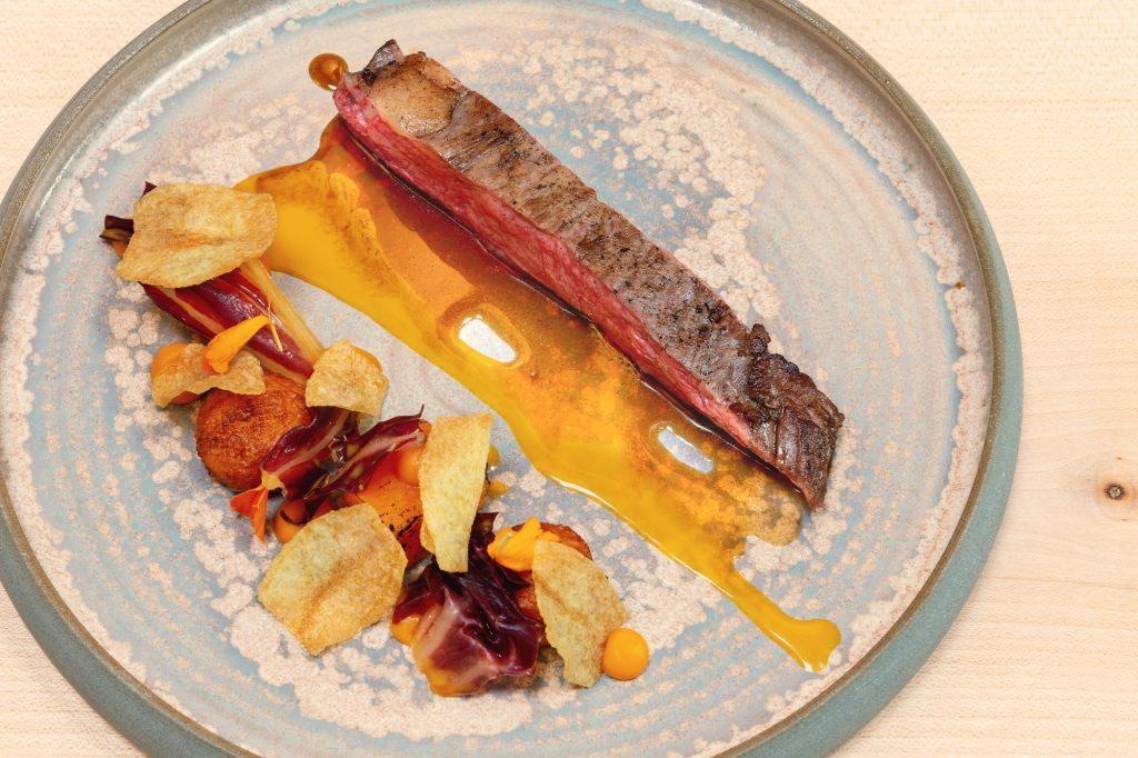 Flanke vom US Rind – Süßkartoffel – Radiccio – Passionsfrucht