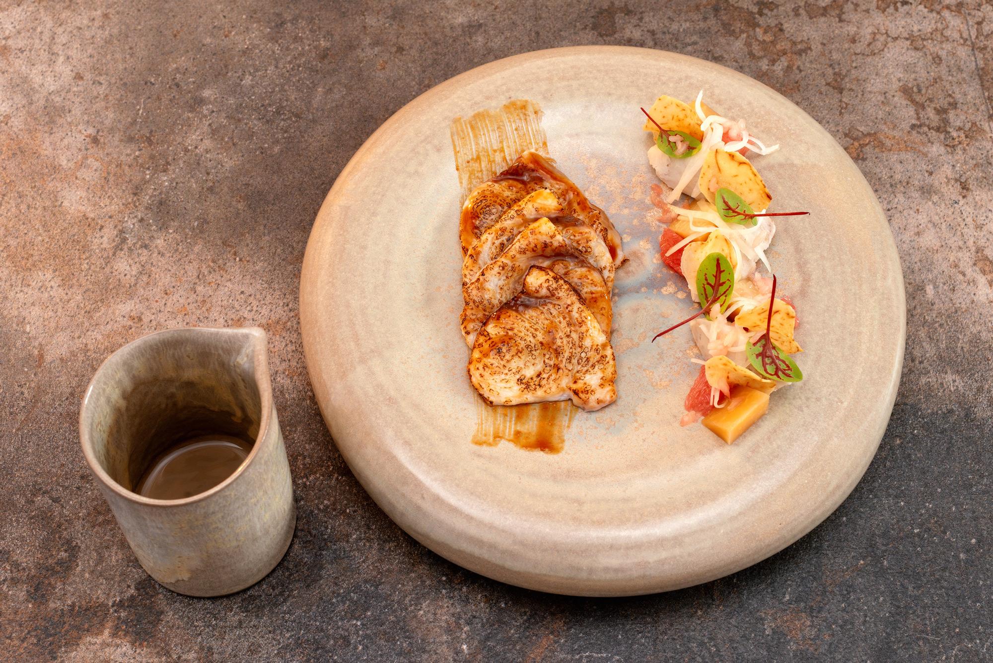 Schwertfisch | Taro Wurzel | Schmelzkohl | Grapefruit