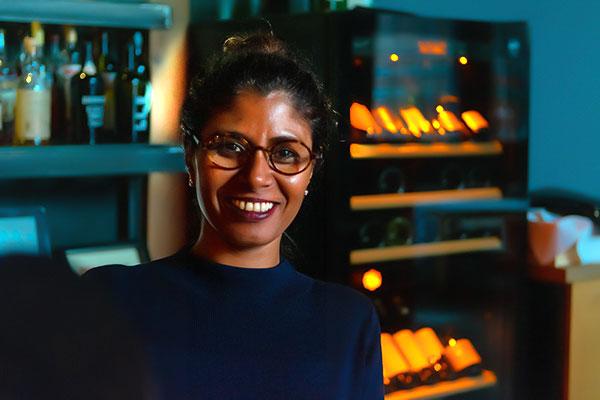 Thayarni Garthoff (geb. Kanagaratnam)
